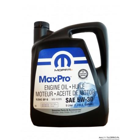 Olej silnikowy syntetyczny